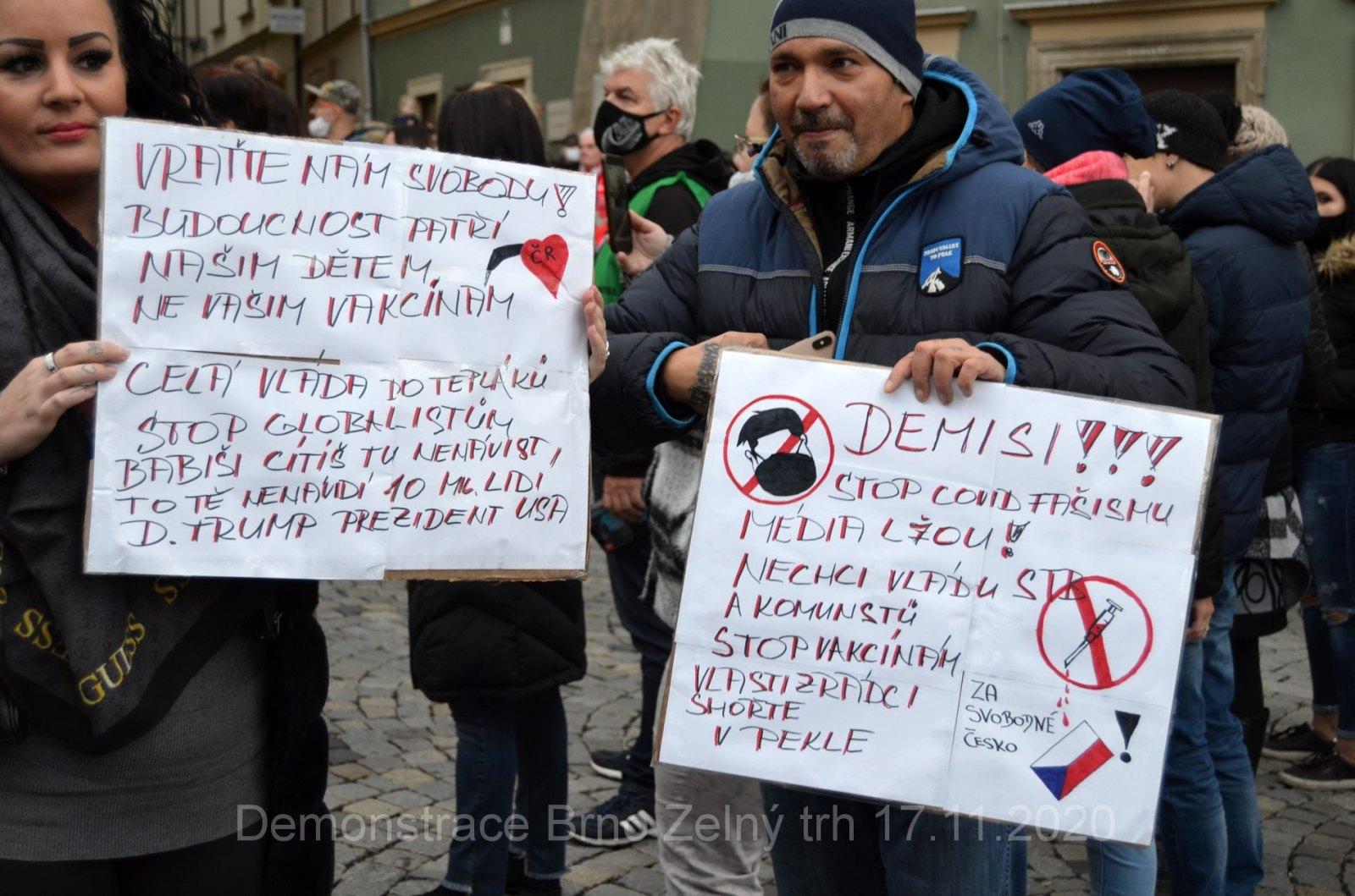 Demonstrace proti vládním omezením Brno 17.11.2020