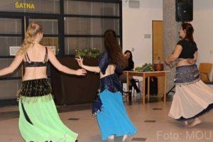 Břišní tanečnice skupiny Shaheen